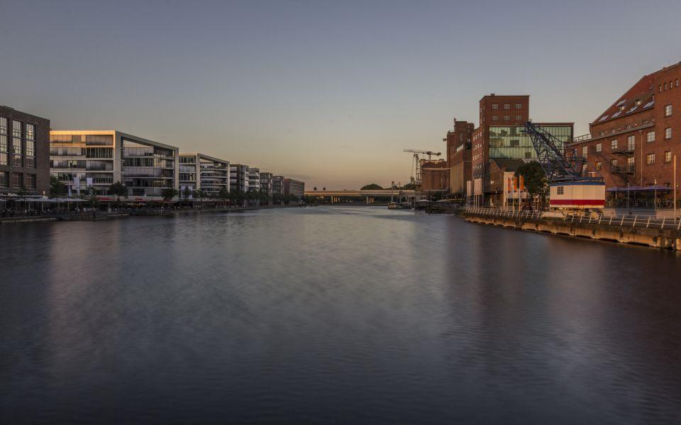 Hintergrundbild Blick in den Innenhafen HDR