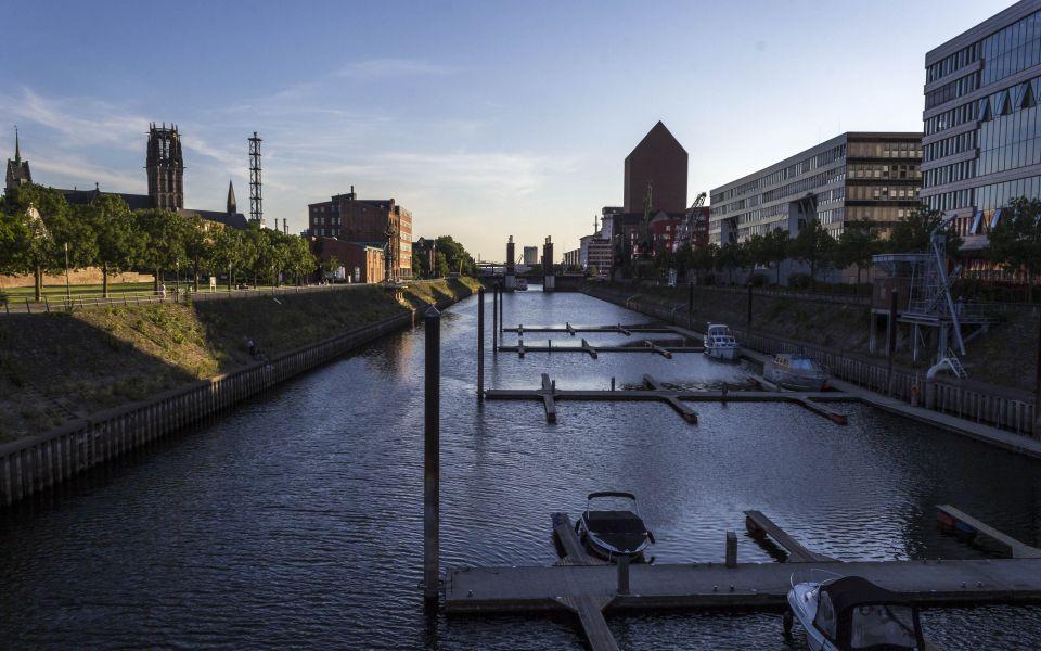 Hintergrundbild Die Marina im Innenhafen