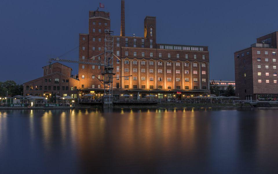 Hintergrundbild Werhahnmühle am Abend