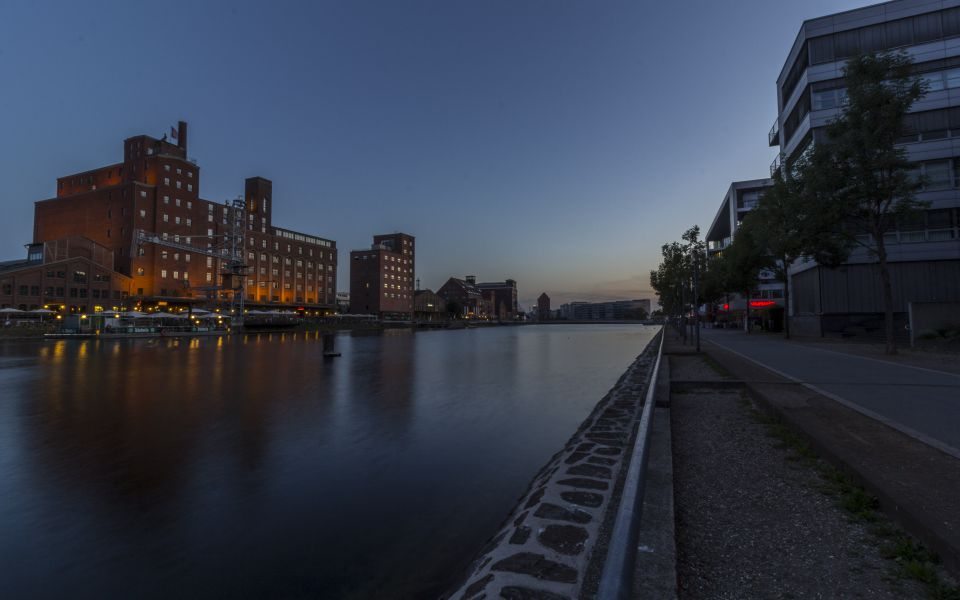 Hintergrundbild Sommerabend im Innenhafen