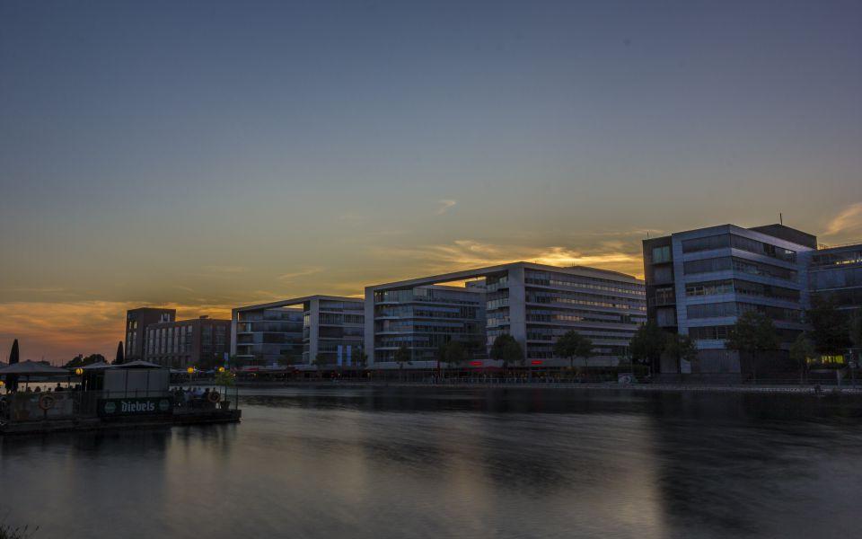 Hintergrundbild Sonnenuntergang Duisburg Innenhafen