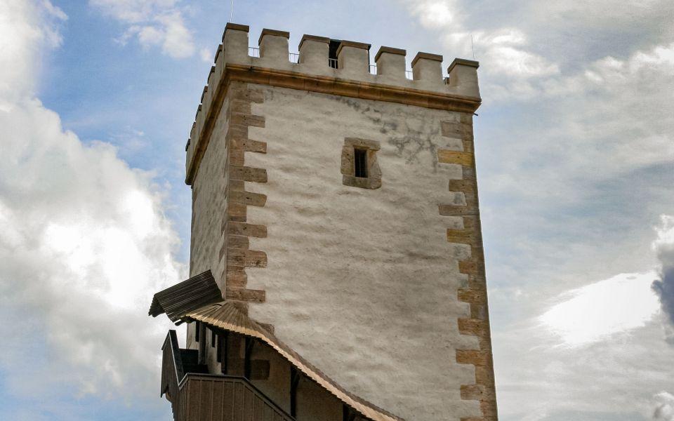 Hintergrundbild Der Südturm der Wartburg