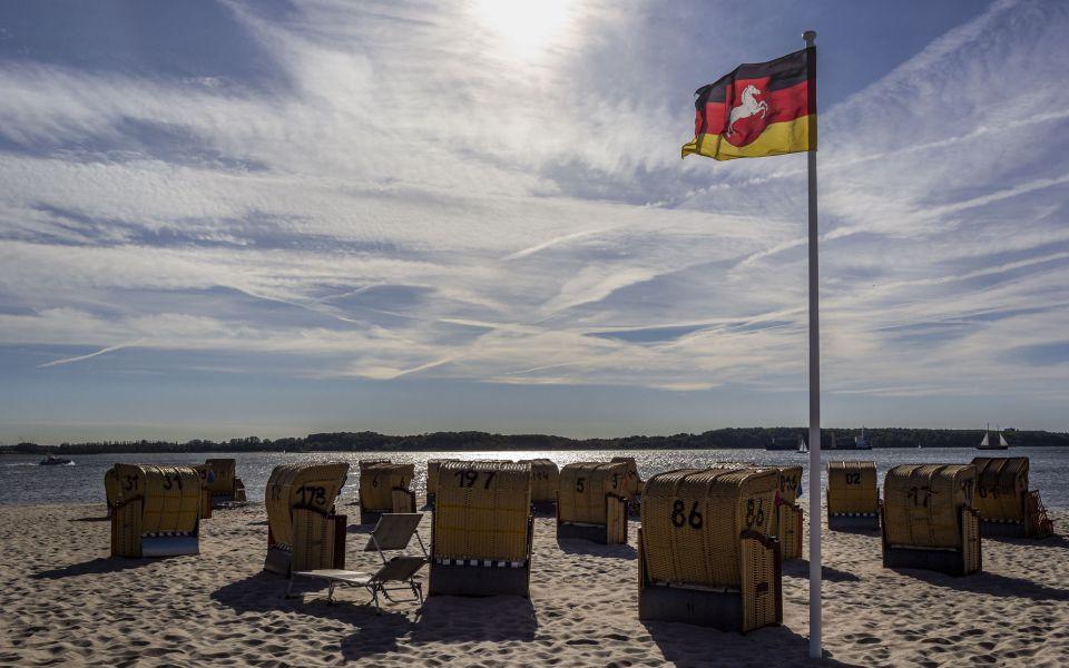 Hintergrundbild Am Strand von Laboe