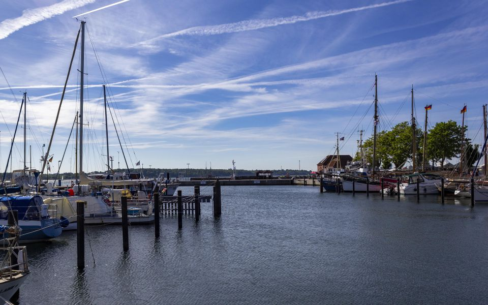 Hintergrundbild Der Hafen von Laboe