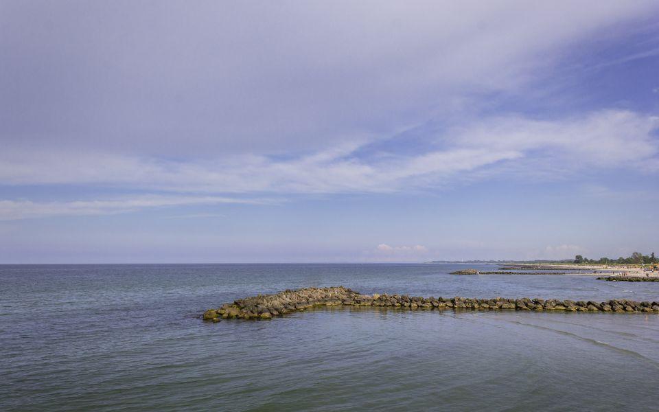 Hintergrundbild - Die Ostsee am Schönberger Strand