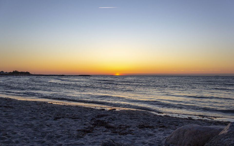 Hintergrundbild Die Sonne geht unter