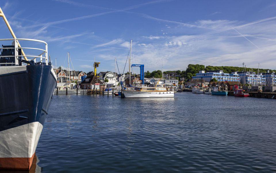 Hintergrundbild Hafenimpressionen Laboe
