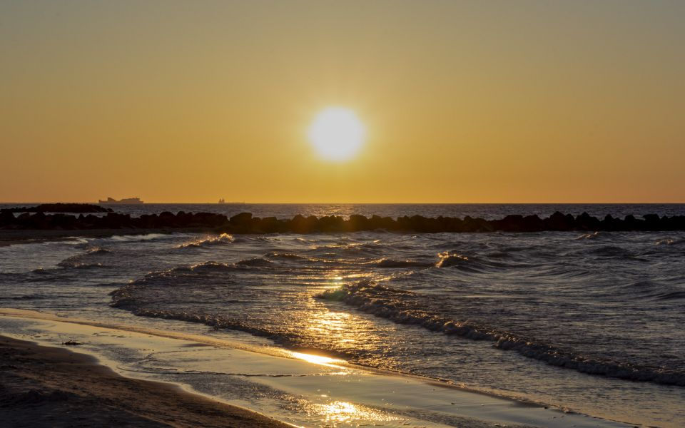 Hintergrundbild Sonnenuntergang Ostseestrand