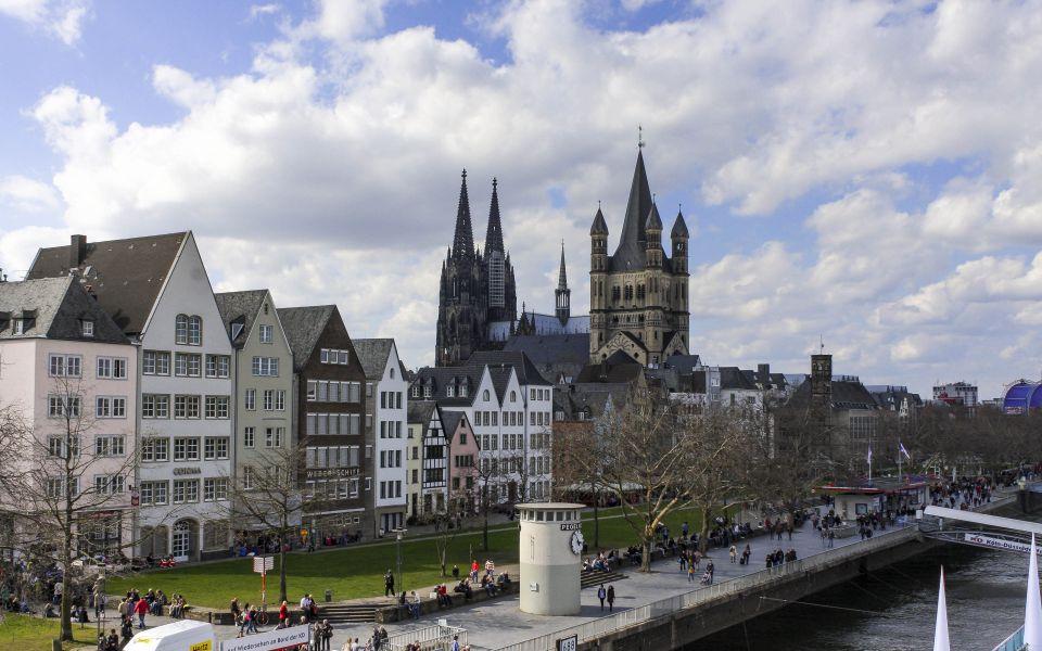 Hintergrundbild - Altstadt Köln