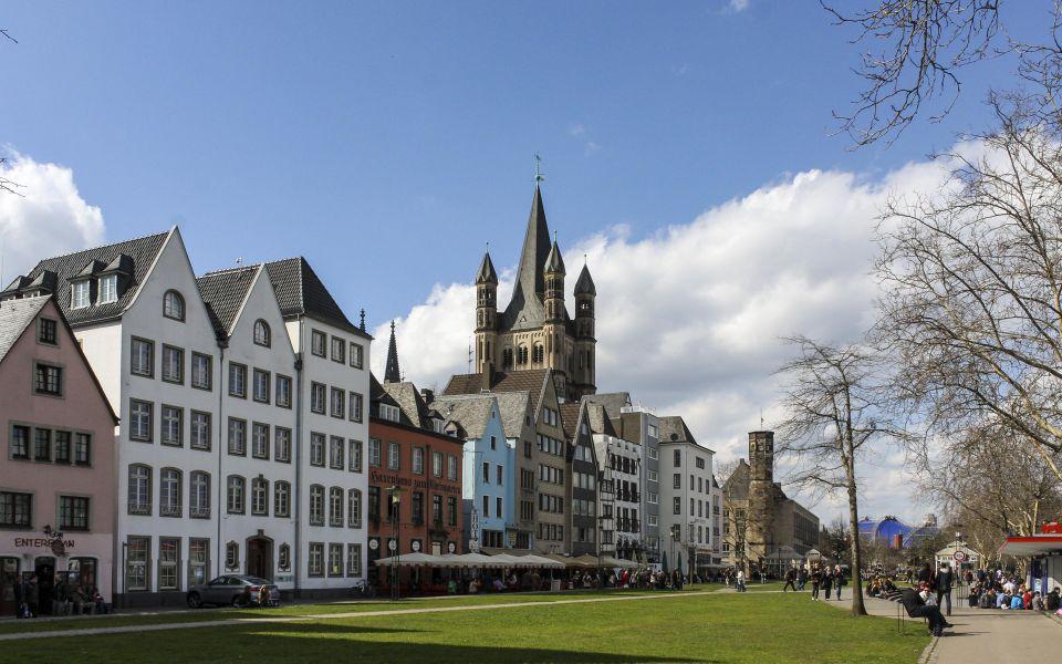 Hintergrundbild - Häuser der Altstadt