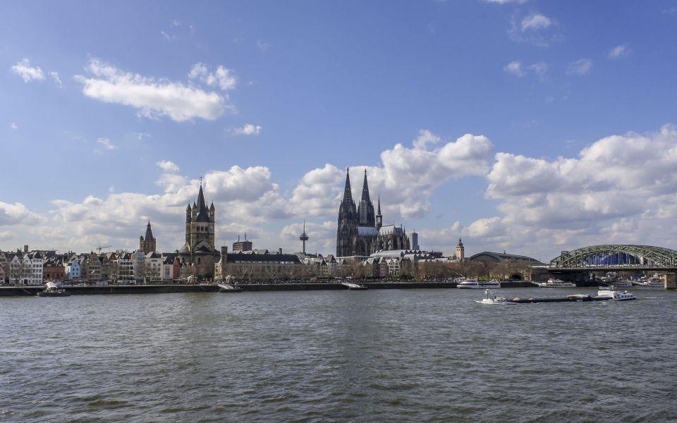 Hintergrundbild - Köln Altstadt