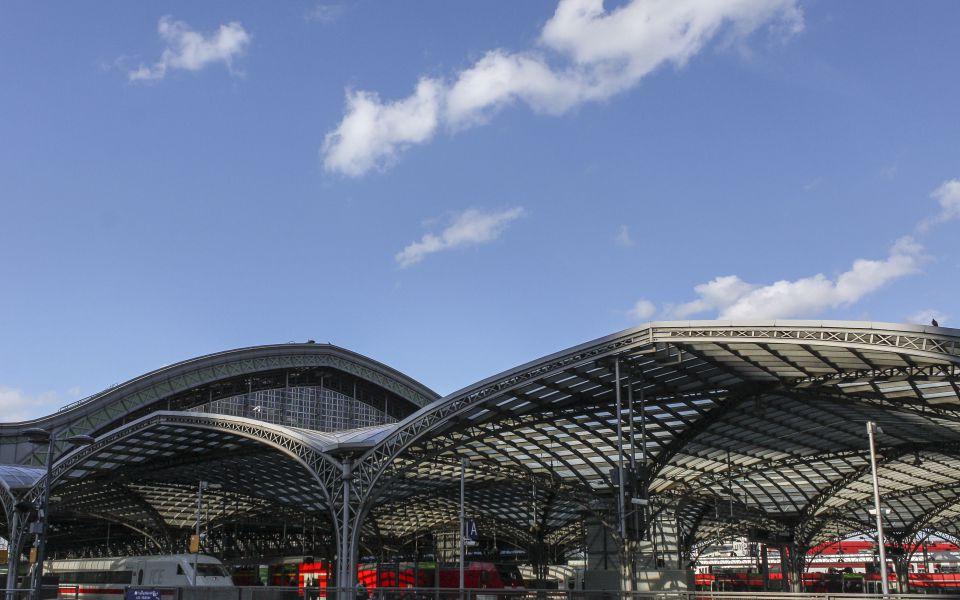 Hintergrundbild - Köln Hauptbahnhof