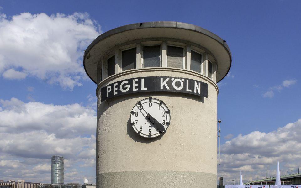Hintergrundbild - Pegel Köln