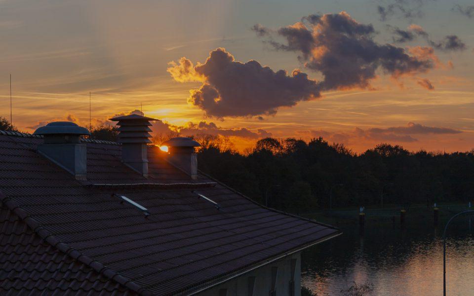 Hintergrundbild - Sonnenuntergang Schleuse Dorsten