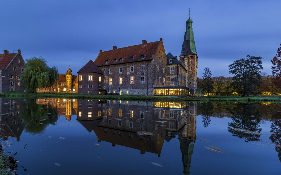 Hintergrundbild - Blaue Stunde Schloss Raesfeld