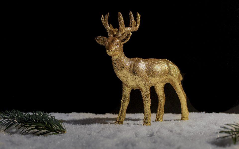 Hintergrundbild - Weihnachten Goldener Hirsch
