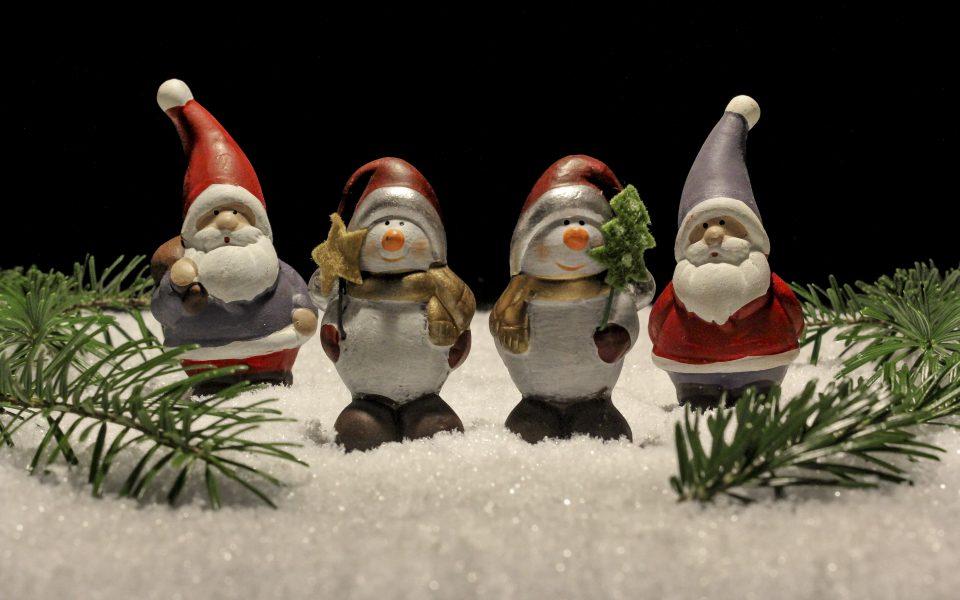 Hintergrundbild - Weihnachten Schneemänner und WIchtel
