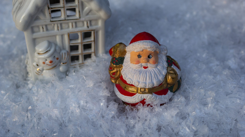 Hintergrundbilder Weihnachten Weihnachtsmann Im Schnee