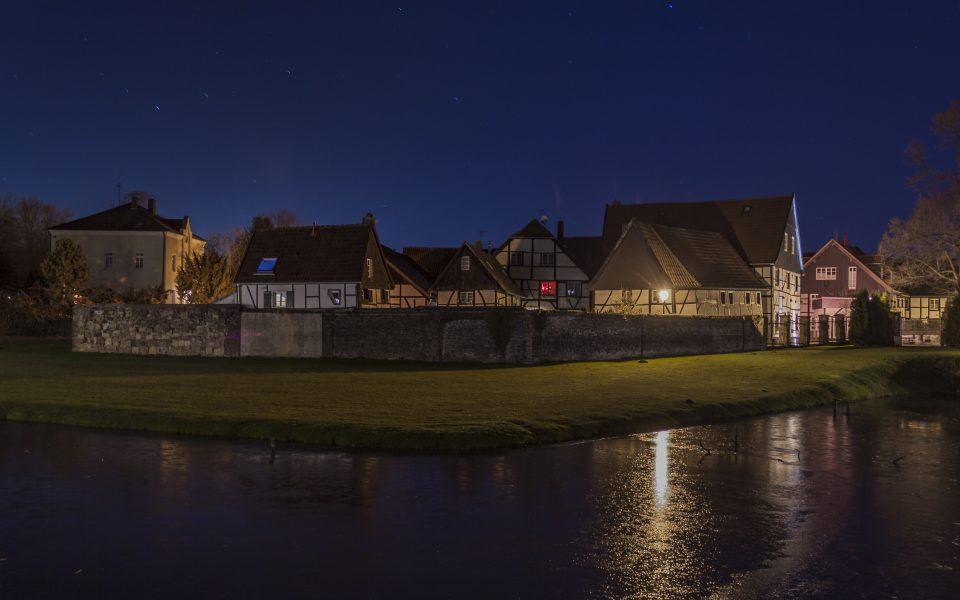 Hintergrundbilder - Altes Dorf Westerholt am Abend