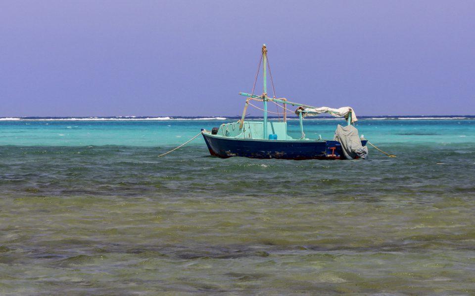 Hintergrundbilder - Fischerboot in Marsa Alam