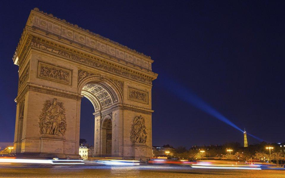 Hintergrundbilder - Arc de Triomphe bei Nacht