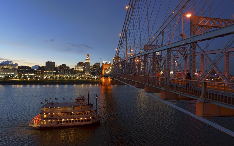 Hintergrundbilder - Cincinnati im Abendlicht