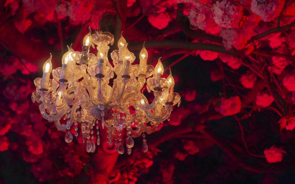 Hintergrundbilder - Kristallleuchter bei Nacht