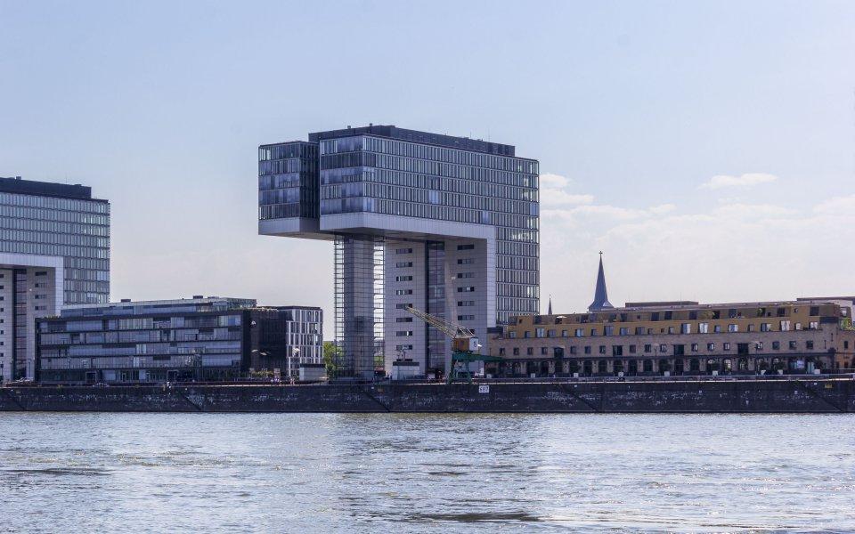 Hintergrundbilder - Kranhaus I im Rheinauhafen